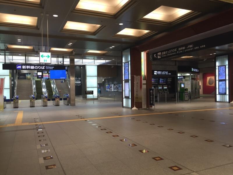 金沢駅・改札遠景
