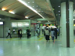 東京駅 京葉線の改札前