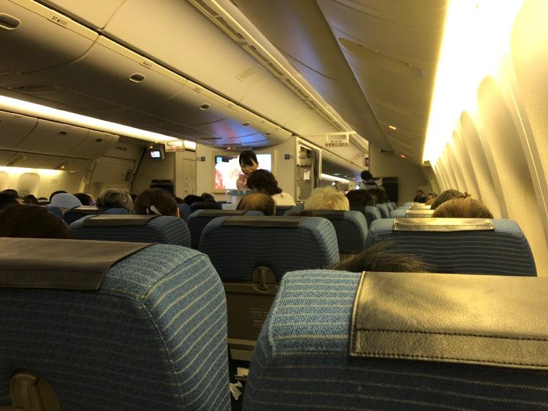 ANA682便・機内の様子