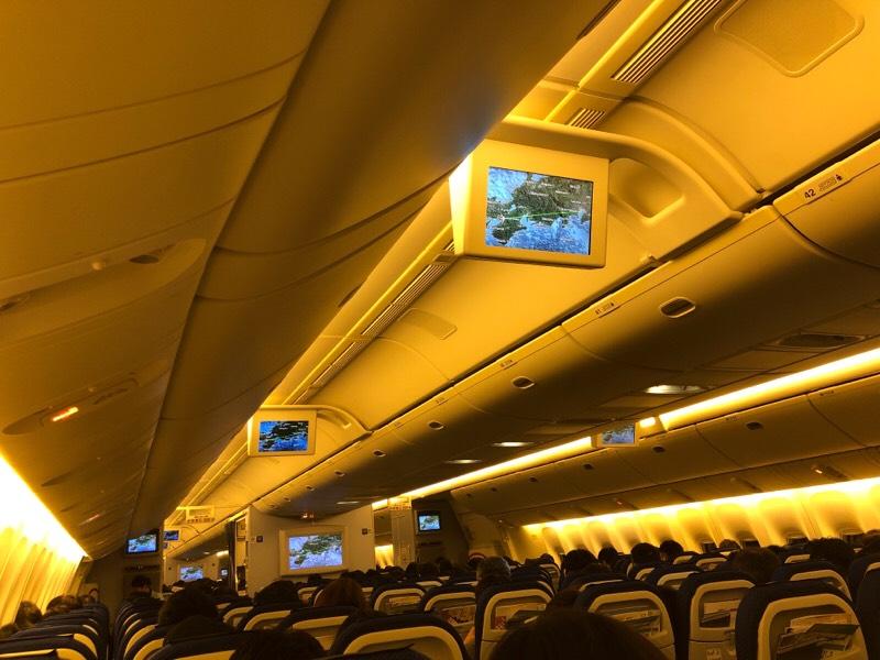 ANA034便 機内の光景(その1)