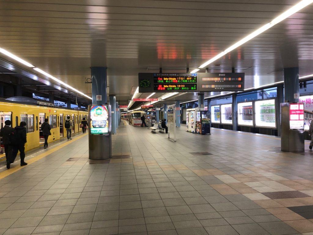 西武新宿線 本川越駅の構内