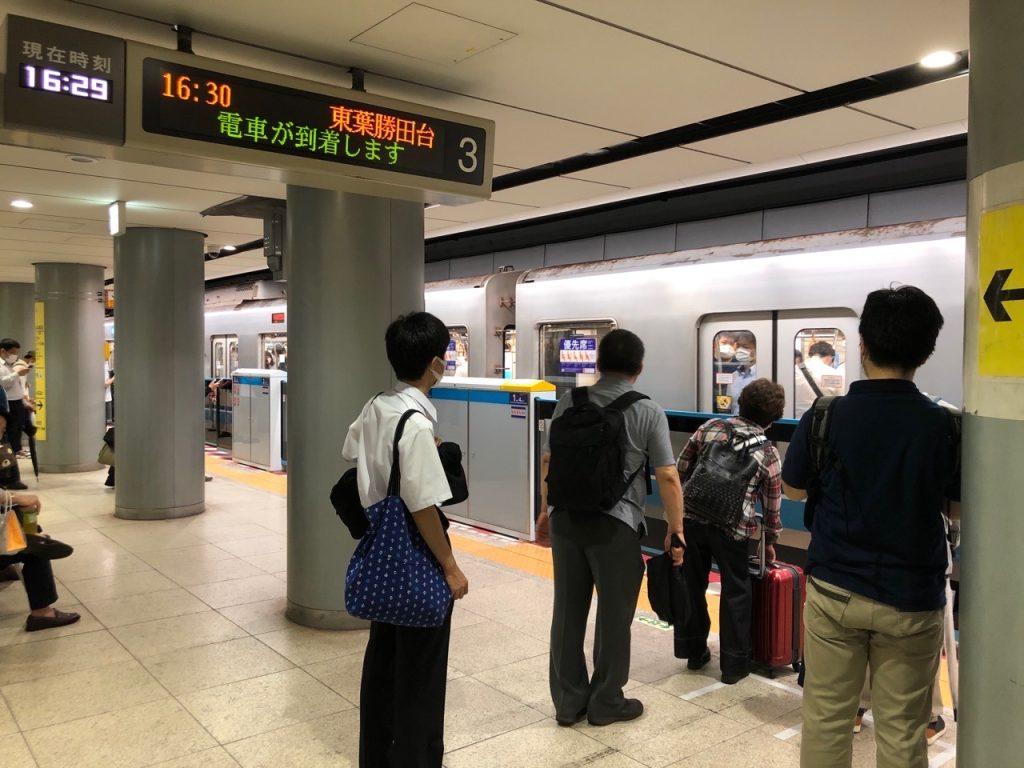 東京メトロ 東西線 大手町駅 西船橋方面ホームドア